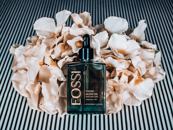 Eossi Beauty Facial Glow 8-CBD products-CBDToday